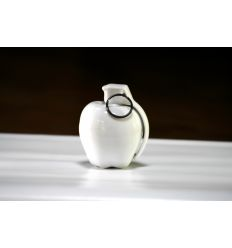 Apple Care Porcelain by Fidia Falaschetti