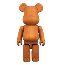 Sculpture bearbrick 1000% Goldfish by Mika Ninagawa by Medicom Toys