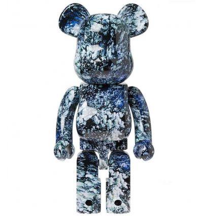 Sculpture bearbrick 1000% Yosakura by Mika Ninagawa