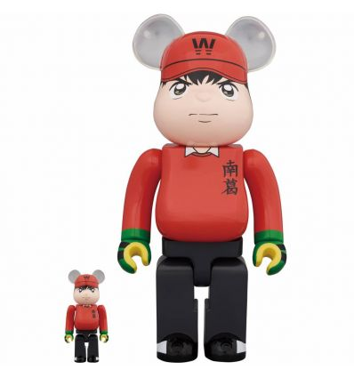 Sculpture 400% & 100% Bearbrick set - Captain Tsubasa