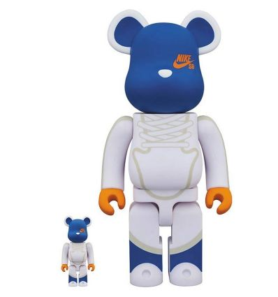 Sculpture 400% & 100% Bearbrick set - Nike SB Dunk High Elite