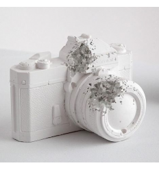 Sculpture FUTURE RELIC 6 POLAROID CAMERA by ARSHAM